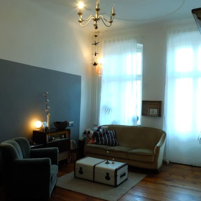 room 2 (with balcony)