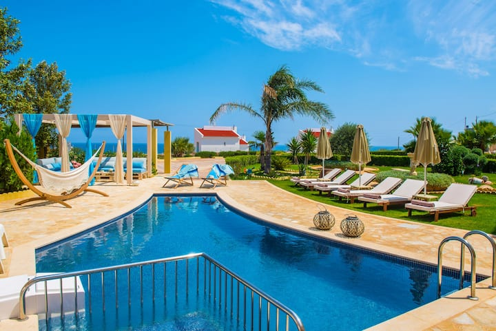 Azzurro Sea View Villa (private pool) by Checkin
