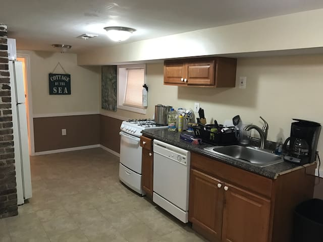 Renovated 2br a few houses from the boardwalk - Seaside Heights - Haus