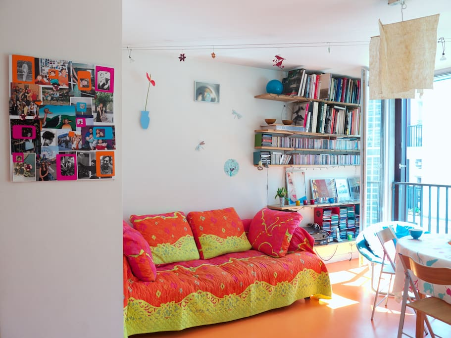 le salon et le canapé-lit 2 places