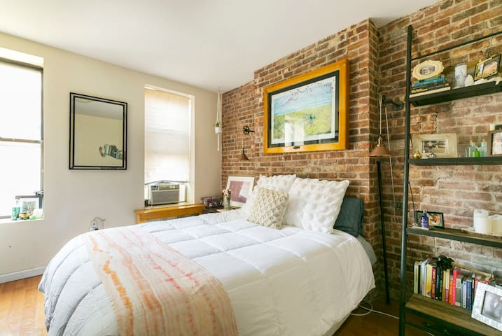 BEST LOCATION- Newly renovated 1 BR in Nolita