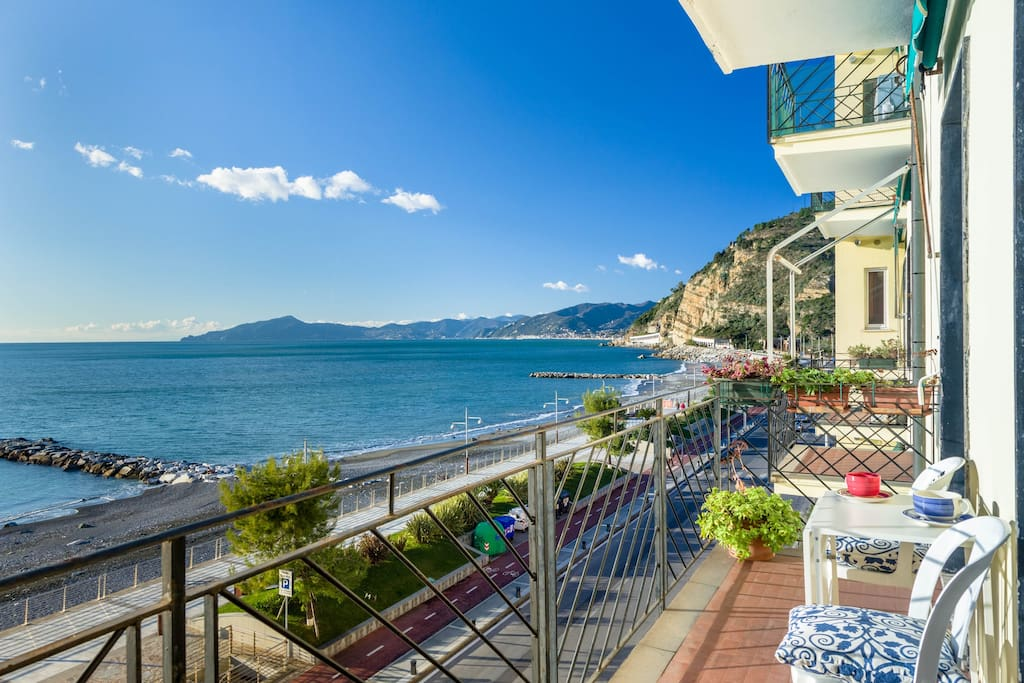 sestri levante dating site The cheapest way to get from sestri levante to san gimignano costs only 27€, and the quickest way takes just 2¼ hours find the travel option that best suits you.