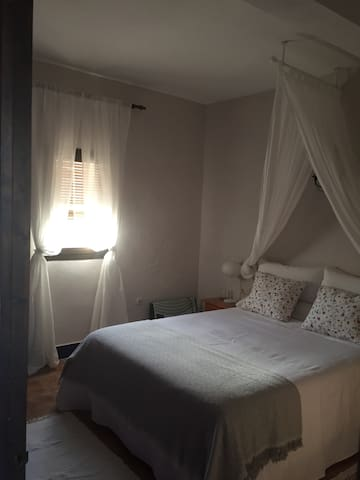 Cortijo Carrillo- Private room with bathroom - Cartaojal - Bed & Breakfast