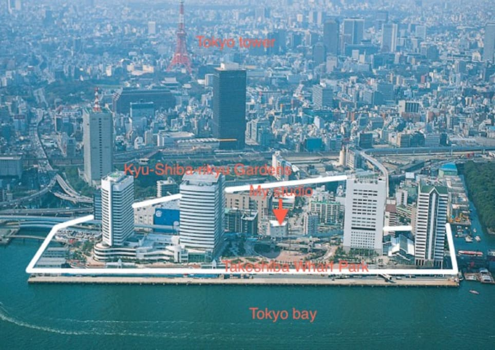 Around the studio,there are InterContinental Tokyo bay Hotel,Takeshiba Wharf Park,and so on.