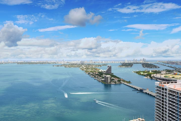 **SOUTH BEACH  Views **Best Location+Top Amenities