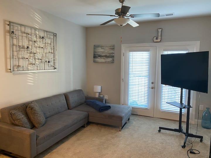 New North Charleston Apartment