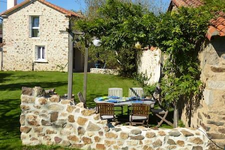 Belle maison à 25 min du Puy du Fou