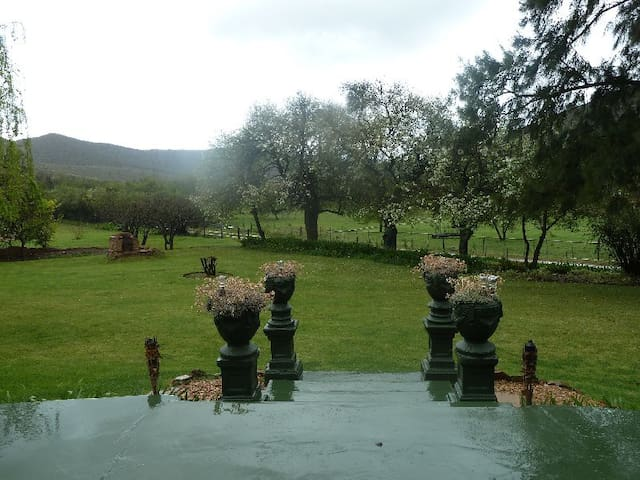 Ladismith Country House