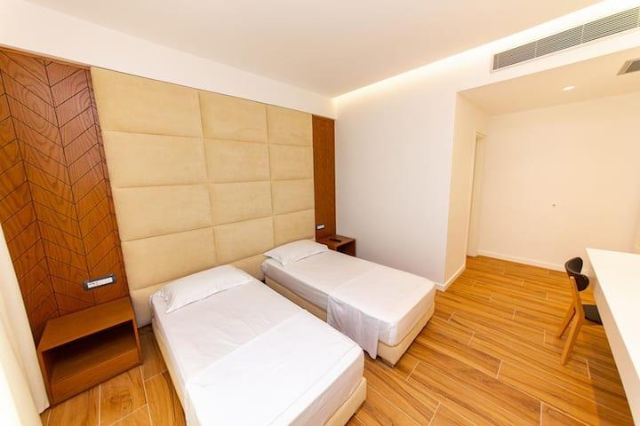Inada Hotel- Twin Room 2