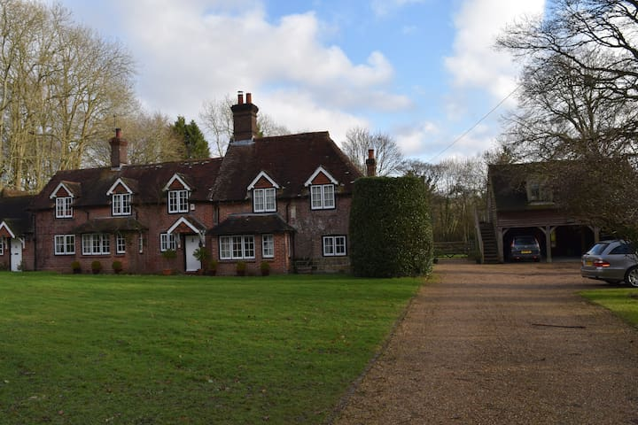 Westland cottage (the annexe)