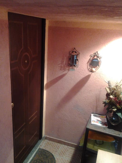 Tavernetta monolocale / studio flat : Ingresso - Entrance