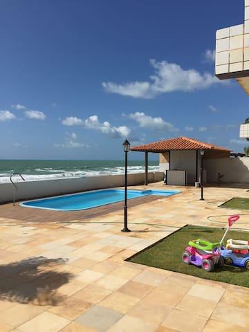 ALUGA-CASA DUPLEX BEIRA MAR - Barra Mar - Hus