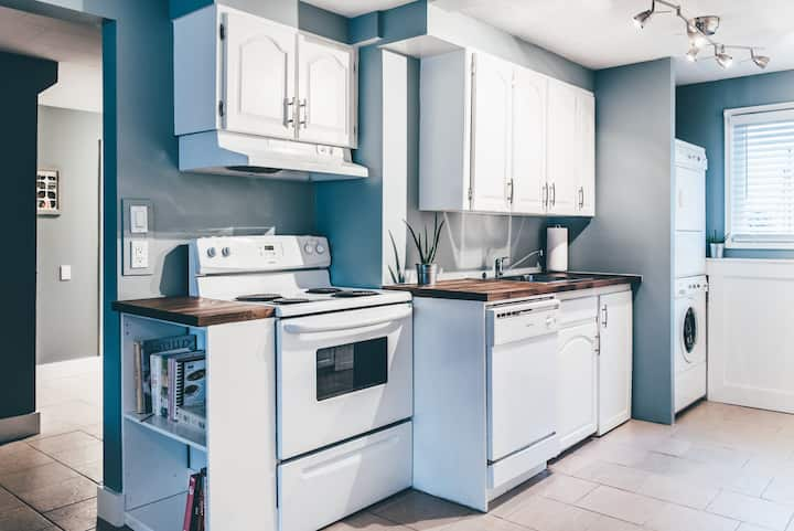 Renovated Suite in the Heart of Historic Fernwood