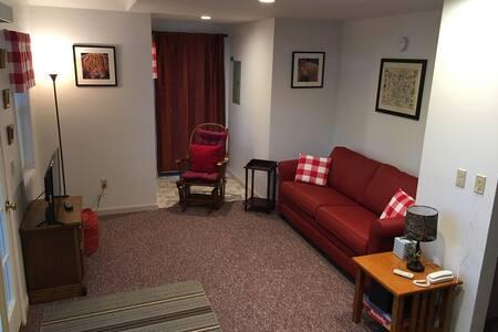 Single Bedroom Cottage - Macintyre
