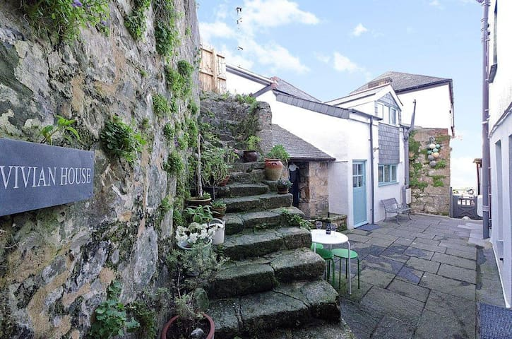 Cute hideaway close to beautiful beaches - Saint Ives