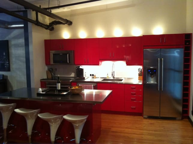 Amazing Downtown Loft - Winnipeg - Loft