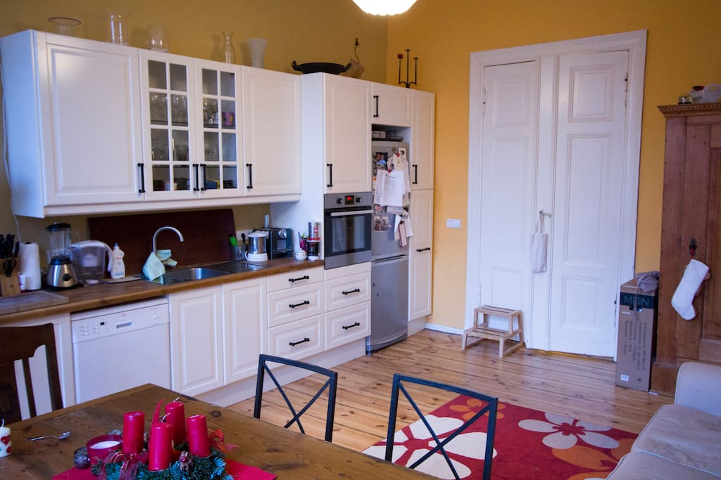 Kitchen. Large refrigerator, oven at standing height, and everything you need!