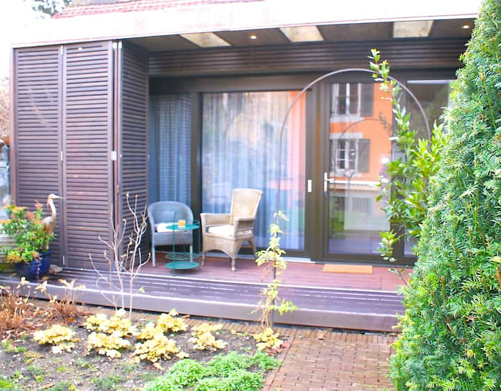 Gardenhouse in the heart of Carouge