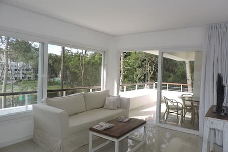 Greenpark in Solanas, a paradise! - Punta Ballena - Apartment