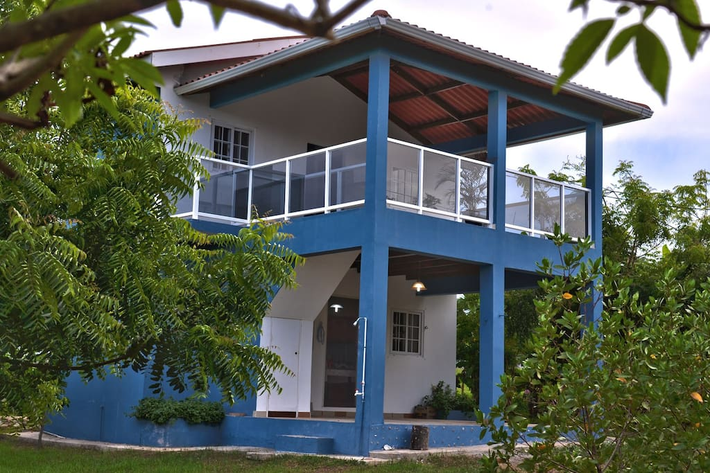 2 story beach house houses for rent in las tablas los for Two story beach house