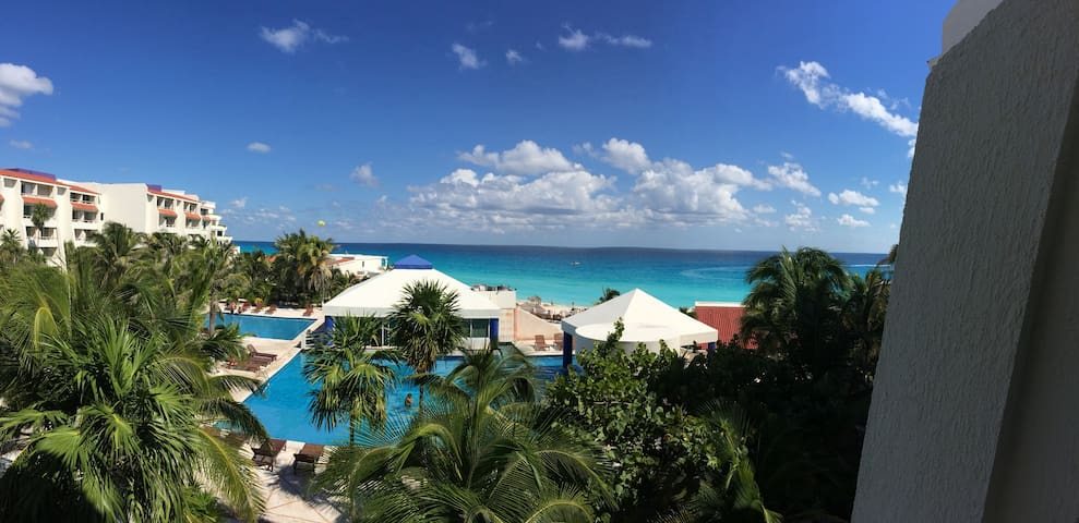 ONE OF THE BEST VIEWS IN CANCUN