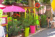 Cafés and Restaurants.