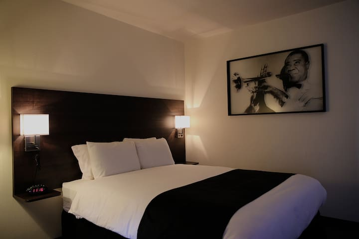 Modern Rooms Right Downtown! - Spokane - Andere