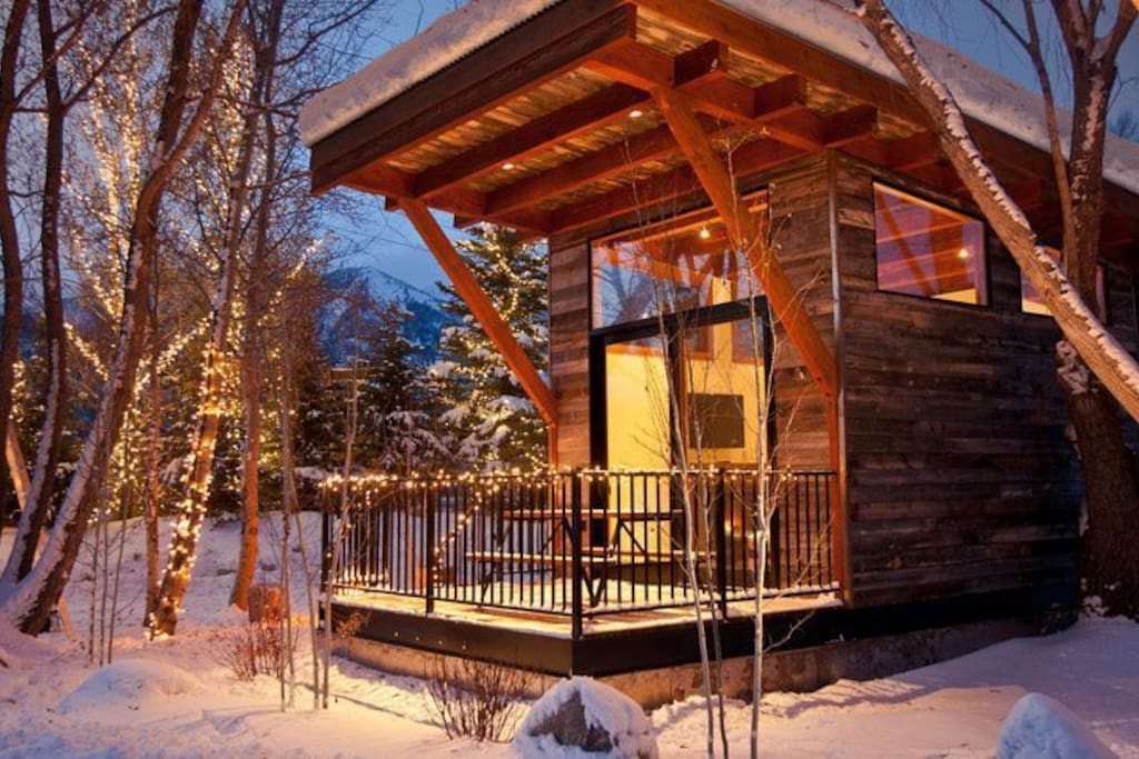 Jackson hole modern rustic cabin cabins for rent in for Jackson wyoming cabins