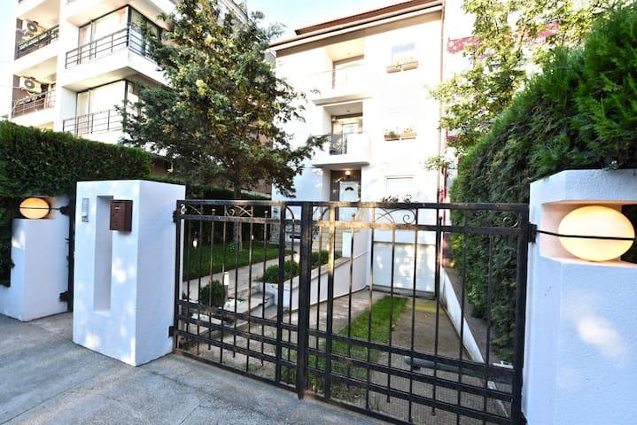 Modern Family Villa - Black Sea