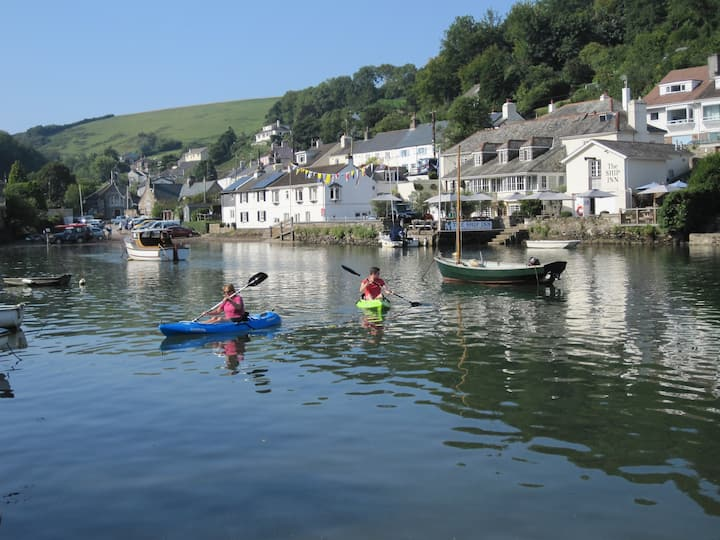 Noss Mayo, Devon 3 bed house Wonderful river views