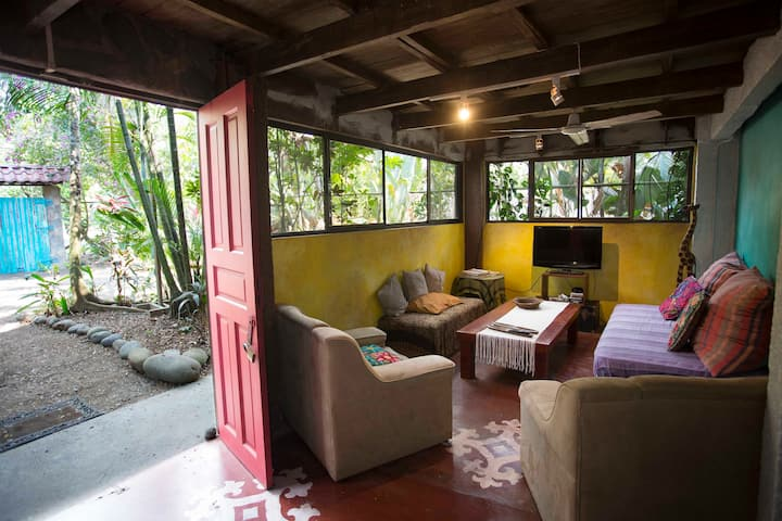 Private Room Double Bed Shared Bathroom Casajungla