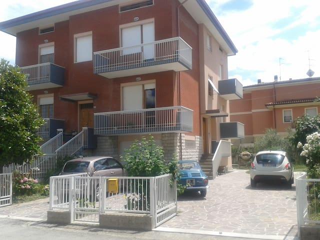 B&B Raffaello N. 2  appartamenti vacanze da 60Mq - Bottega - Apartmen
