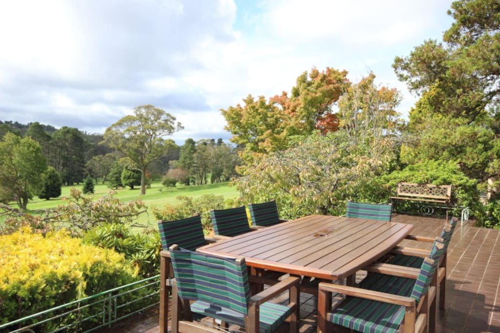 Alfresco dining with views to 10th fairway