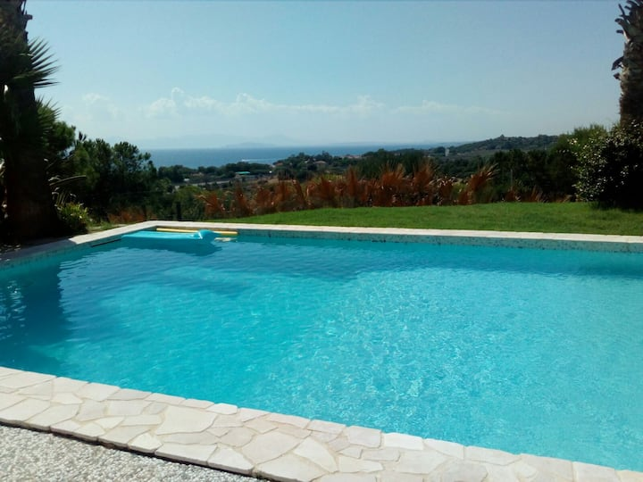 Villa with swimming pool on the sea south Sardinia