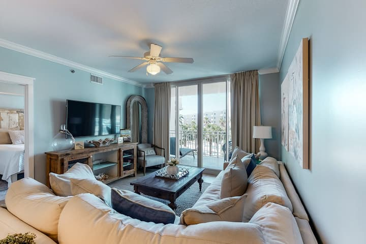 3rd Floor Inviting Condo On Okaloosa Island! 490 Feet Of Private Beach!