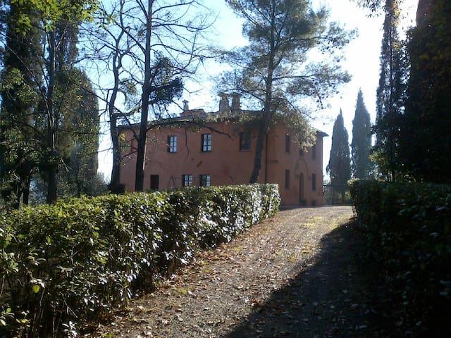 La Casa del giardino - Montelopio - Дом
