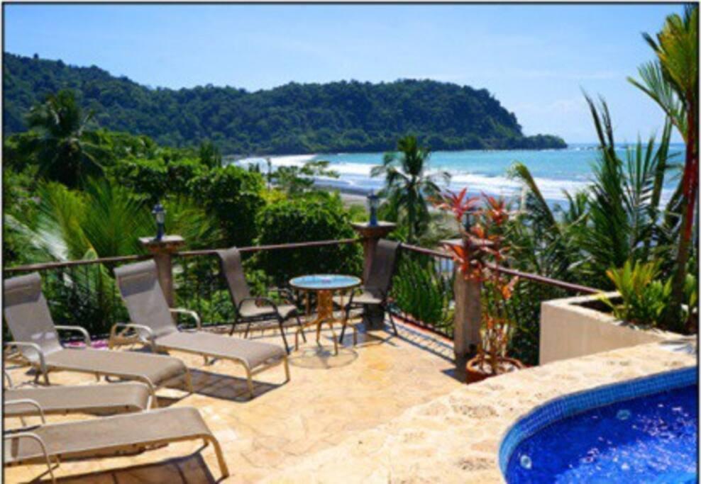 9 bedroom 3 story beachfront villa on jaco beach for Villa rentals in costa rica