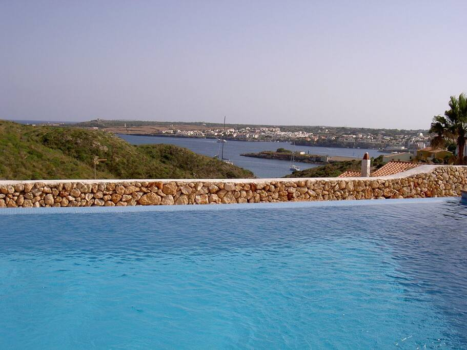 One dream in menorca chalets louer illes balears for Piscines illes