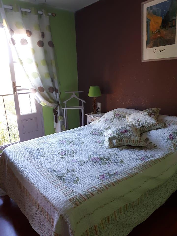 Loue une chambre lit deux places 15m2,