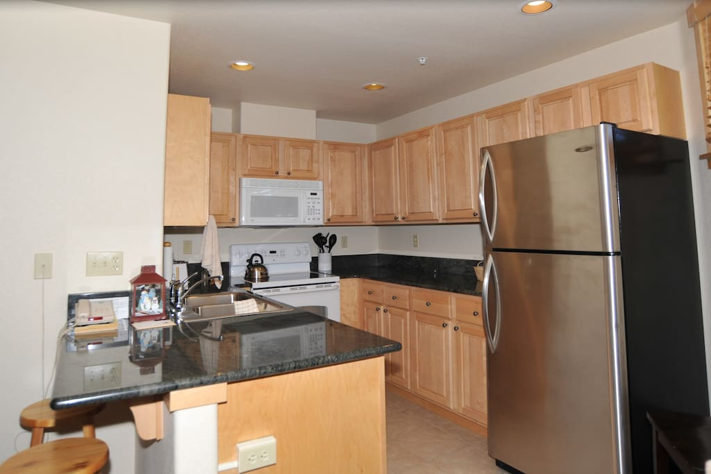 grand timber lodge best amenities apartments for rent