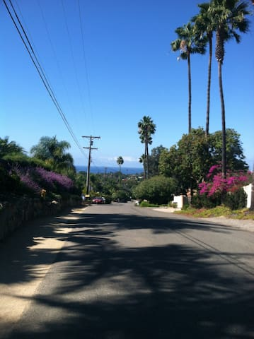 2 Rooms shared bath near Beach - Encinitas - Bed & Breakfast
