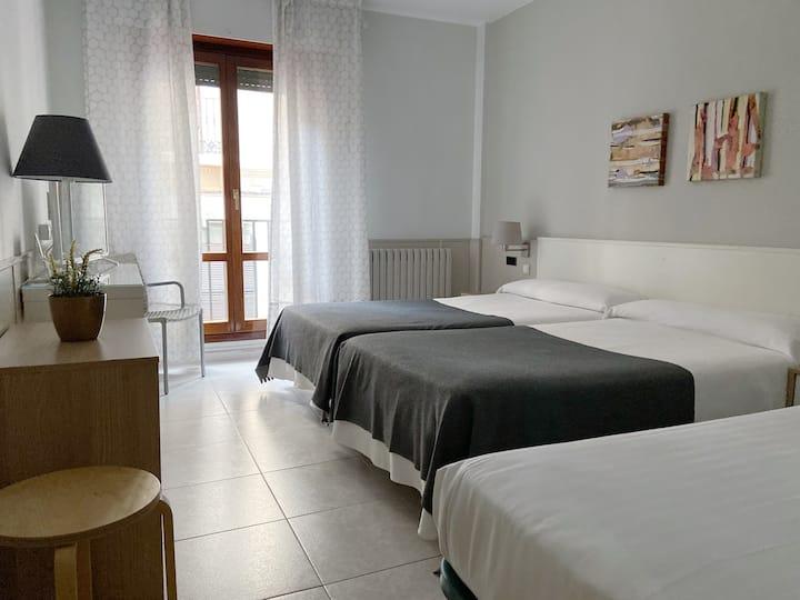 Habitación Triple en el casco de Zaragoza