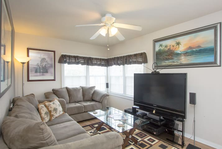 **PRIVATE 1 BEDROOM BEACH HOME** DoD/Gov WELCOME!!
