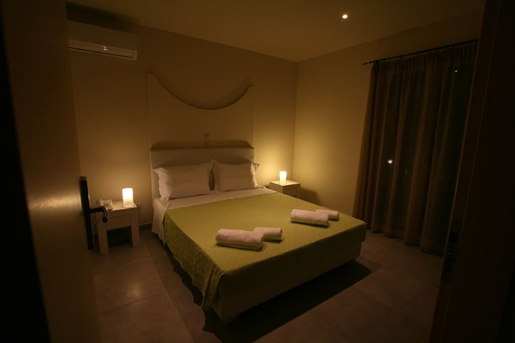Hotel Kontes Double Room 2  Apartments for Rent in Paros, Egeo, Greece