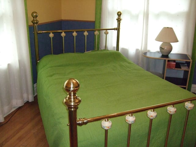 Double bed with traditional mattress