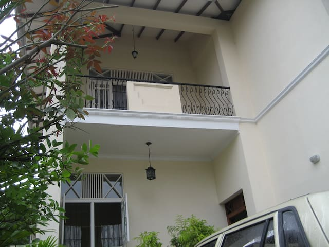 Colombo suburb, private apartment - Sri Jayawardenepura Kotte - Wohnung