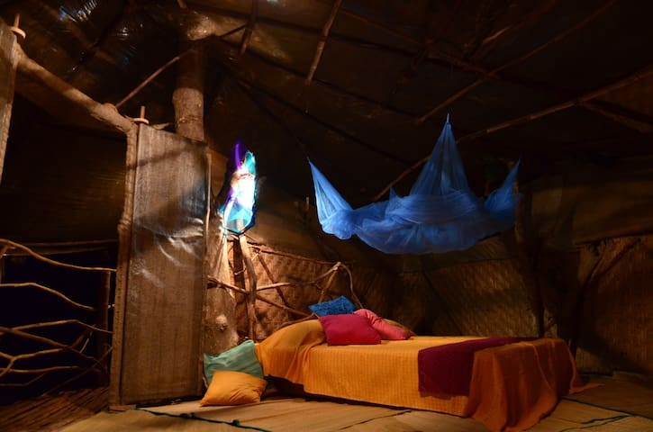 Saraya- Bed&Breakfast, Tree Houses - Penha de França - Bed & Breakfast