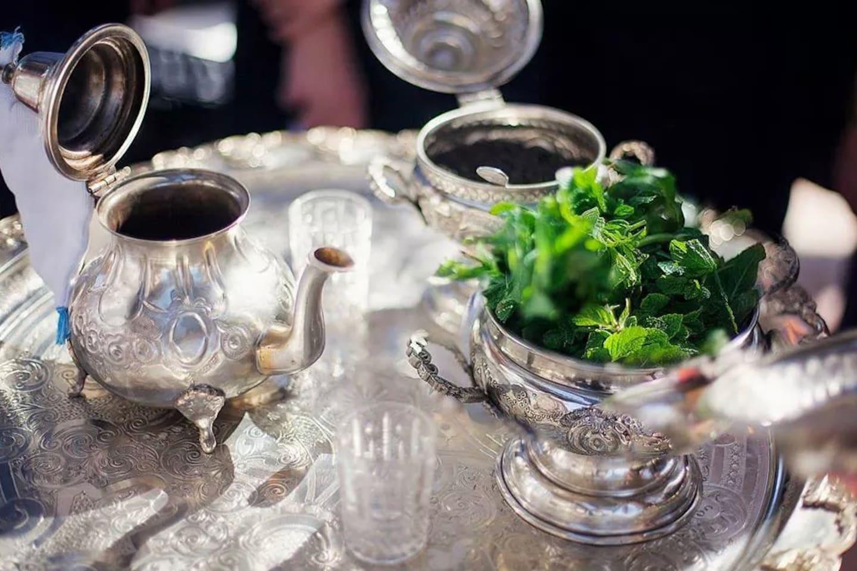 Un thé à la menthe ?