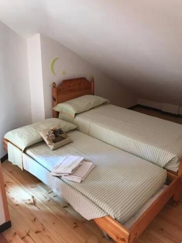 Camera doppia (1 letto + 1 letto) - 1° piano