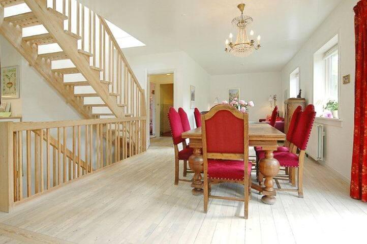 Villa in beautiful Danske Schweiz - Lyngby - Hus